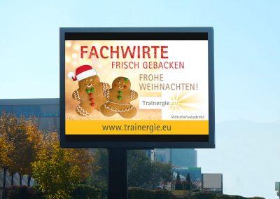 Roadside Screen Werbung für Trainergie Wirtschaftsakademie - Weihnachtsmotiv