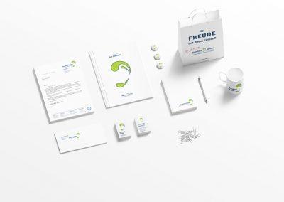 Logoentwicklung & Corporate Design für die Baumbach HörCom GmbH